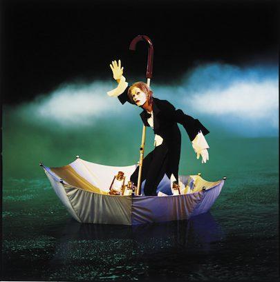 Cirque du Soleil O, Eugen in Umbrella
